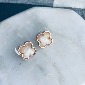 Faceted Clover Earrings Women Nude Stud Post NWT